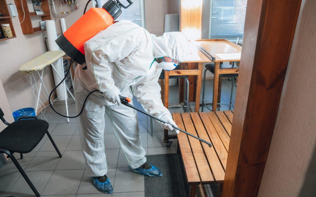 Desinfección COVID-19 en locales comerciales y hogares.